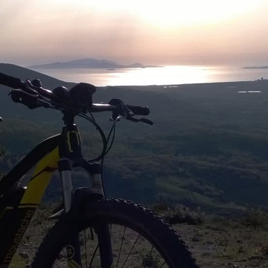 Mountain bike with sea view on Elba Island Maremma