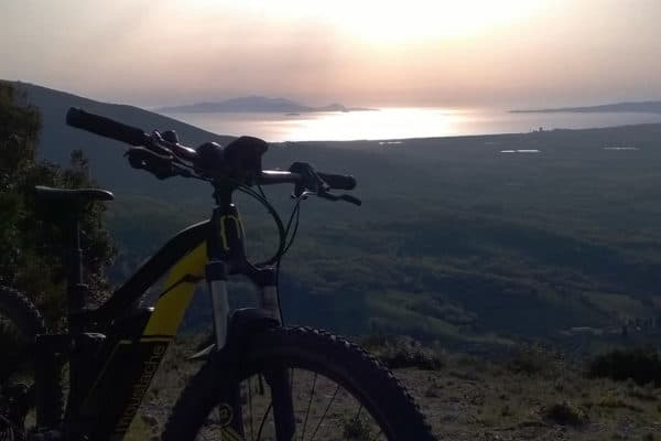 Mountain bike with sea view on Elba Island Maremma